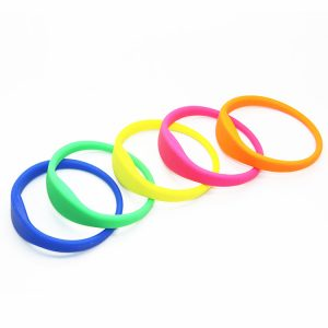 NTAG216 Waterproof NFC Bracelet 888bytes Chip RFID Silicone Wristband