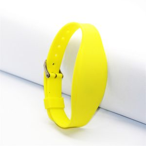 Dual frequency chip F08 and Tk4100 rfid silicone wristband for hotel vincard or salto lock system