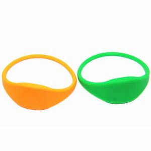 Ntag213 RFID Adjustable silicone wristband 180bytes NFC payment Bracelet