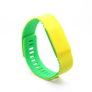 NFC Long Range Reading Ti2048 Waterproof Silicone RFID wristbands Payment Bracelet