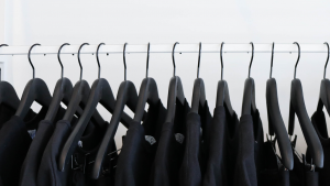 Smart Hangers With NFC Help Shoppers Find Their Fit